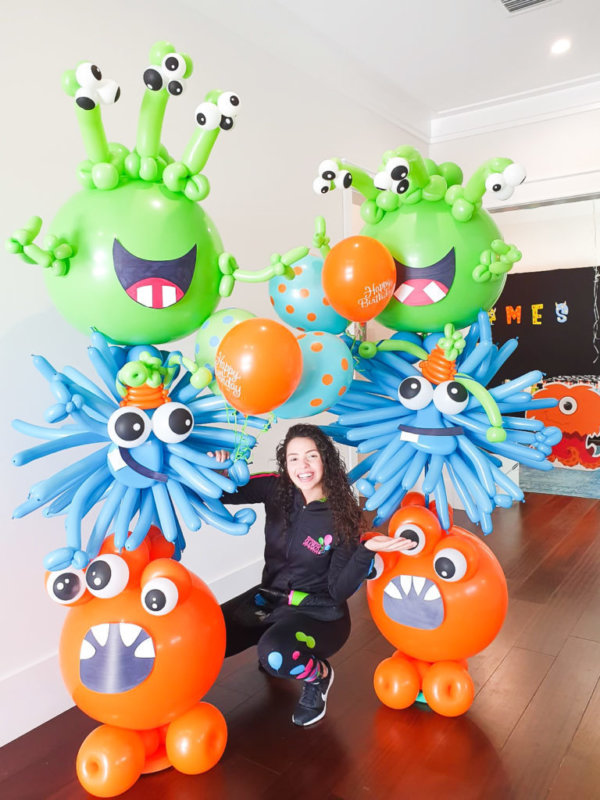 columns balloons Monster - www.decoracionesglobos.com miami venezuela