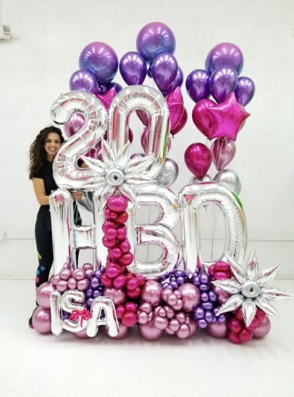 BOUQUET FANCY ROSE PLUS BALLOON UP @decoracionesglobos www.decoracionesglobos.com Birthday DecoracionesGlobos.com Miami Venezuela Bouquets Decoraciones