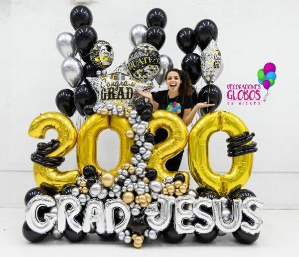 Maxi Bouquet Grad 2020 $525.65 - 2020 Graduaciones Graduations Celebrate Party Goals Gift Surprises Grad Deocraciones